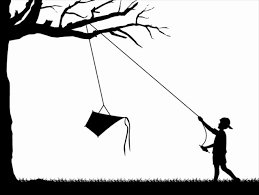 2017-09 No2 kite in trees