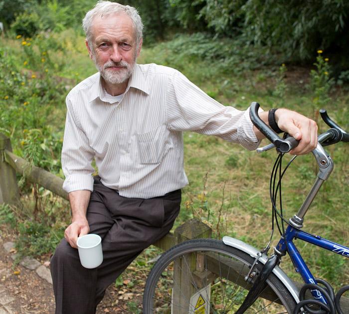 Jeremy-Corbyn-with-bike